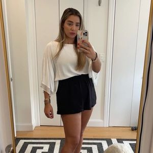 Loose white Zara blouse